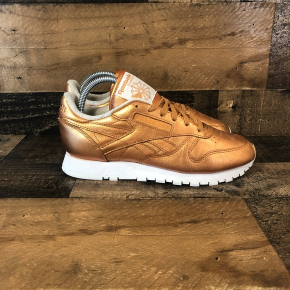 Womens Gold Classic Leather Spirit Size